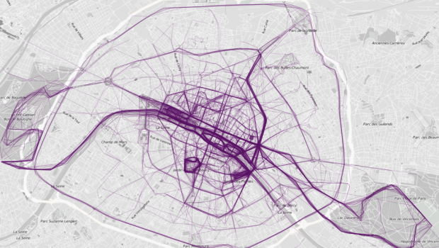 Paris, as visualized by its most popular running routes.
